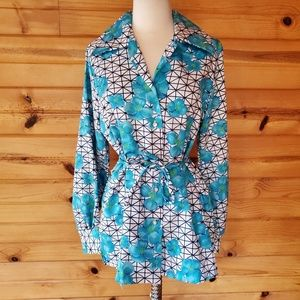 1970s Laura Mae Blue Floral Polyester Blouse